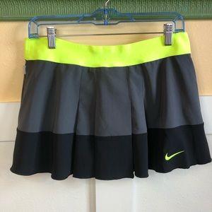 Nike dri-fit tennis running biking skort size Lg